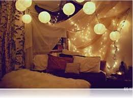 Hang Christmas Lights by Ideas To Hang Christmas Lights In A Bedroom Shelterness With