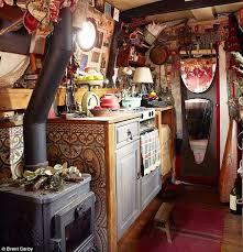 Sailboat Interior Ideas Moon To Moon The Houseboat Of Emma Freemantle Houseboat