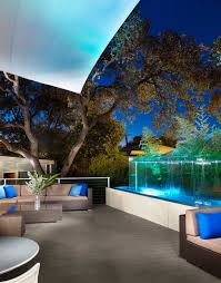 courtyard boutique hotels austin texas kimber modern at dusk water