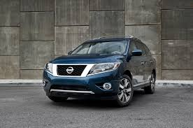 toyota highlander vs nissan pathfinder 2013 nissan pathfinder reviews and rating motor trend
