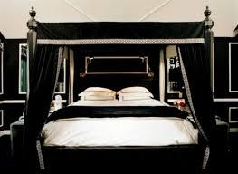 chambre a coucher noir et blanc impressionnant déco pour chambre à coucher adulte style gotique