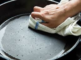 Hints On How To Clean How To Clean And Maintain Cast Iron Serious Eats