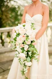 bouquets for wedding best 25 cascading wedding bouquets ideas on bridal