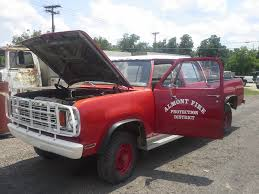 dark red jeep 1978 dodge w200 cc pw almont nd