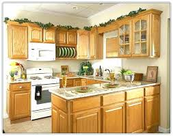 what color countertops with honey oak cabinets honey oak cabinets honey oak kitchen cabinets honey oak kitchen