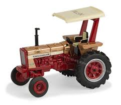 1 64 farmall 656 wf 2017 national farm toy museum