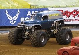 original grave digger monster truck image grave digger legend 3 jpg monster jam wiki fandom