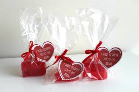 v day gifts 10 free or cheap s day gifts a biblical marriage