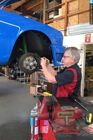 porsche mechanic salary experts help you decide on an air cooled porsche 911