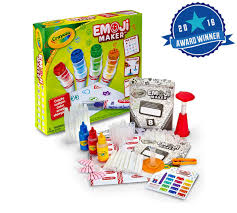 mommy u0027s block party craft your christmas with the crayola emoji