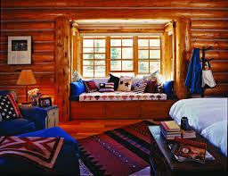 Decorate Log Cabin Interior by 15 Tips For Getting The Most From A Small Log Home Cabin Logs