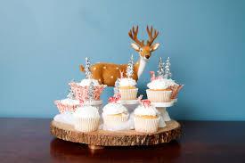 easy easy winter wonderland cupcakes sweet little nerds