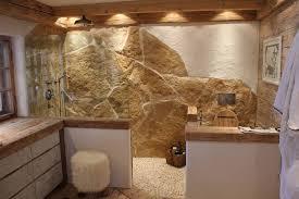 naturstein badezimmer rustikales badezimmer mit naturstein und altholz ming bud