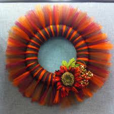 thanksgiving wreaths diy harvest diy tulle wreath knutselen crafts pinterest