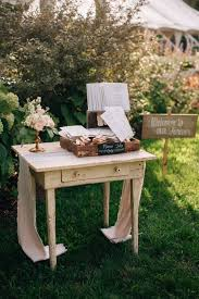 Ideas For Backyard Weddings by Best 10 Outdoor Wedding Tables Ideas On Pinterest Outdoor