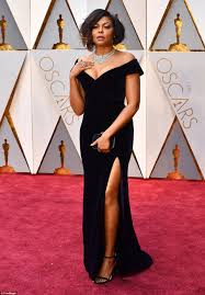 oscars 2017 taraji p henson laughs as candy rains down daily