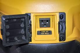 dewalt 20v area light dewalt dcl070 20v max corded cordless led area light ptr