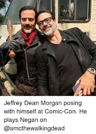 Comic Con Meme - 17 jeffrey dean morgan posing with himself at comic con he plays