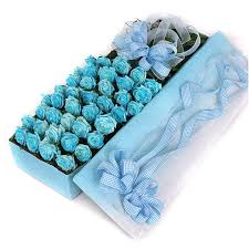 blue roses roses in gift box