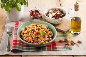 recette de cuisine all recette pâtes au pesto de tomates séchées et ricotta plus de
