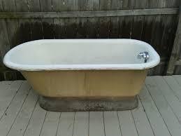vintage pedestal bathtub