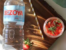 cuisine simonet agua de fresas y romero aguacadabra con marta simonet bezoya