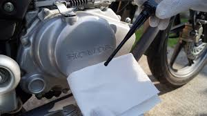 honda cbf 125 oil level check youtube