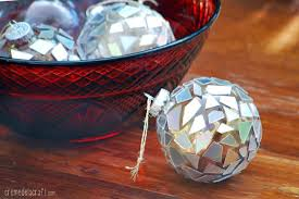 diy mosaic ornaments from recycled cds