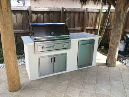 Outdoor Kitchen With Sink Dcs And Lynx Sedona Outdoor Kitchens Bbq Depot