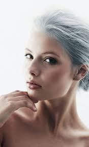 Frisuren Lange Graue Haare by Haare Grau Färben Beim Hellen Hauttyp Haare