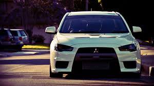 white mitsubishi lancer mitsubishi lancer evolution hd wallpapers 36271 wallpaper