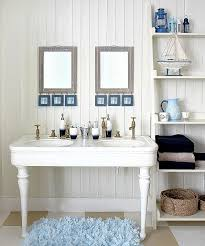 beachy bathrooms best 25 beach bathrooms ideas on pinterest ocean