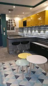 meuble cuisine jaune cuisines jaunes 5 réalisations qui rayonnent le d