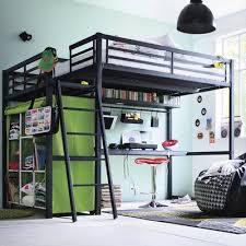 lit mezzanine avec bureau fly 31 idées déco chambre garçon archzine fr mezzanine bedrooms and