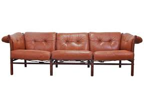 Leather Sofas Modern Shopping Guide To The Best Modern Leather Sofas Apartment Therapy