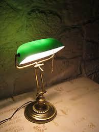 le de bureau opaline verte lampe de bureau opaline verte et blanche notaire banquier ebay
