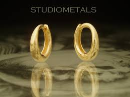 mens gold earrings 18k gold hoop earrings gold huggie earrings mens hoop