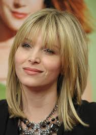 medium haircut styles for round faces medium hairstyles for round