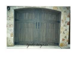 Garages That Look Like Barns Lynda Bergman Decorative Artisan Trompe L U0027oeil Garage Doors To