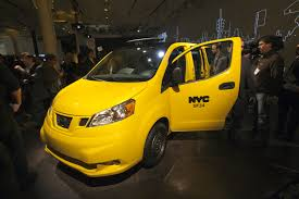 nissan nv200 taxi nyc u0027taxi of tomorrow u0027 nissan nv200 with phone chargers sunroof