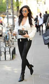 ways to wear short scarf for a more fashionable look 15 stylish ways to wear leggings this fall cute leggings