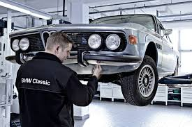 bmw classic center opens its customer workshop cartype