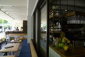 blue marlin restaurant uses panda glass wall system 1 haammss