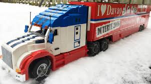 small kenworth trucks moc 1 18 scale kenworth t680 semi truck with red reefer box