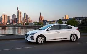 Checkered Flag Hyundai Service 2018 Hyundai Ioniq Wins Women U0027s World Car Of The Year Arab Motor