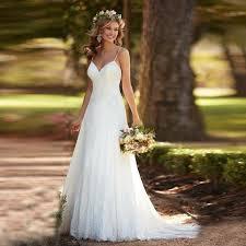 Cheap Bridal Dresses Best 25 Cheap Beach Wedding Ideas On Pinterest Long Brides Maid