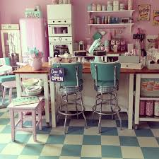 50s Kitchen Best 20 50s Diner Kitchen Ideas On Pinterest 1950s Diner Diner