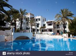 modern hotel accommodatiion and swimming pool in holiday resort