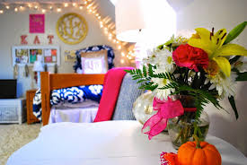 fall dorm room decorations i believe in pink
