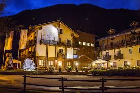 hotel boton d or u0026 wellness la thuile italy booking com